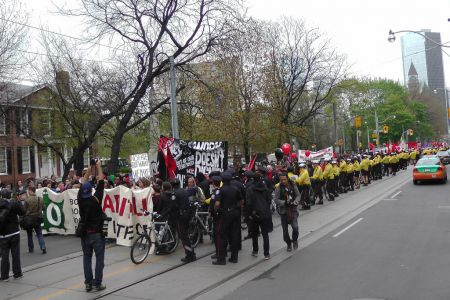 Main march extends for many blocks along Queen Street photo: DS Richardson