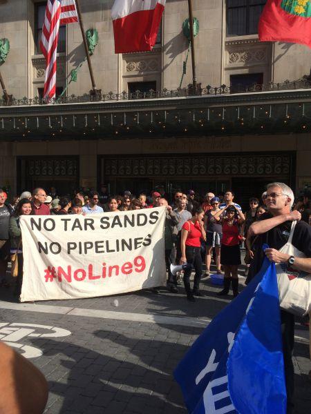 """No tar sands. No pipelines. #NoLine9"" [Credit: Iris Robin]"