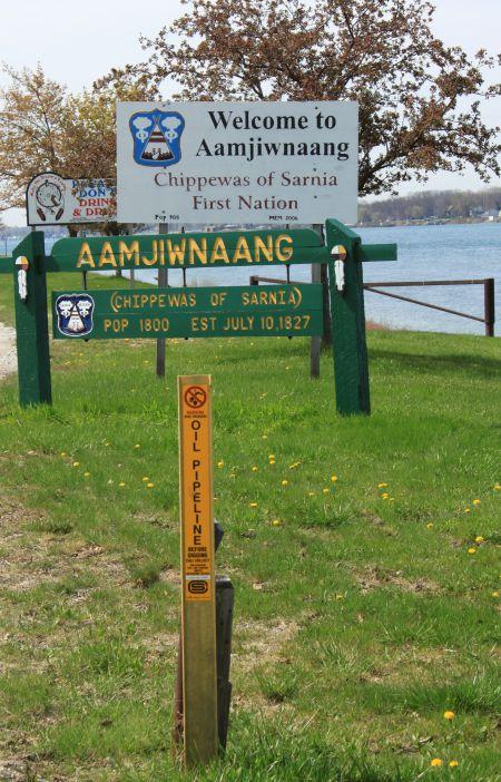 underground pipelines cross Aamjiwnaang territory