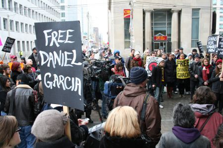 More than 100 people rally to support Daniel Garcia. Toronto, Dec 31, 2010. Photo: Sandra Cuffe