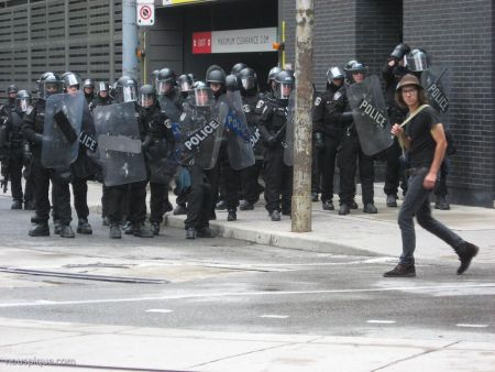 G20 Report: Police More Violent Than Protesters