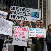 Protestors present at the tribunal denounced OceanaGold's lawsuit for attempting to rob El Salvador and punish an entire country for trying to protect its water.