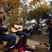 Musiciens jam to raise money for the food tent
