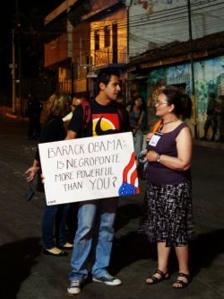Luis Aguilar, a student at UNAH, sends a message to Obama that made it to CNN Espagnol, outside the Brazilian Embassy, Tegucigalpa, Nov 25 2009